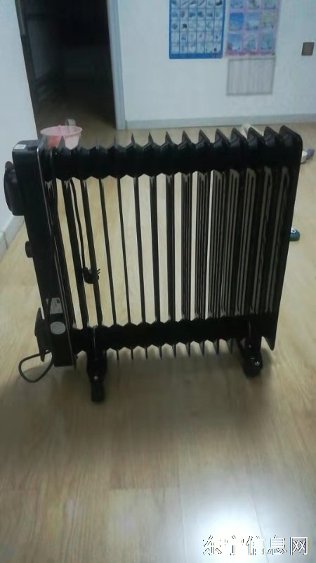TCL电暖气九成新,售价150元